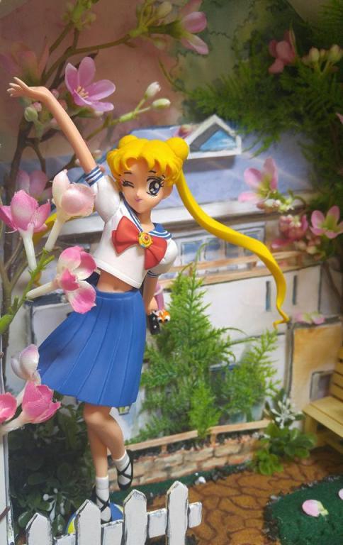 Usagi (Sailor Moon) on her way to school!