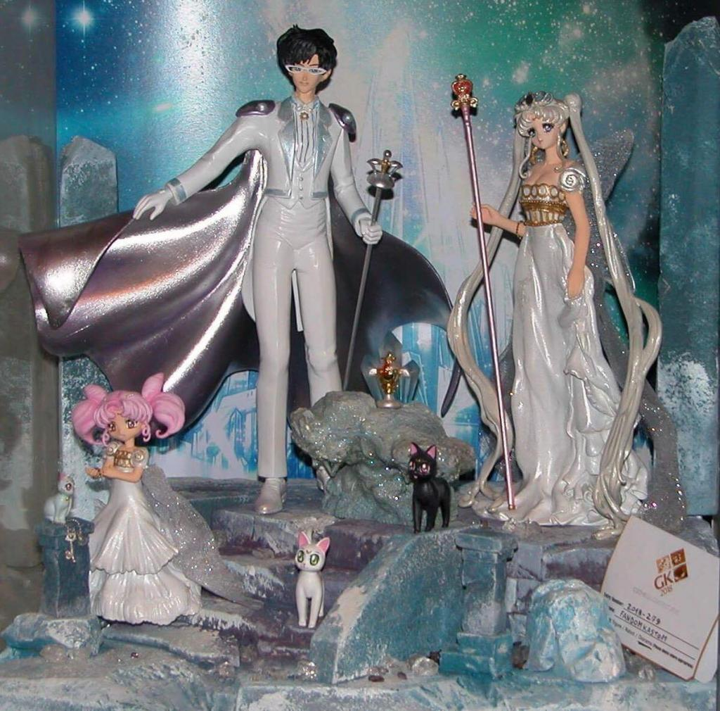 NEO CRYSTAL ROYAL FAMILY