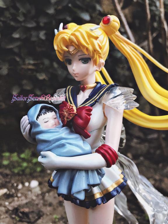 Sailor Moon with baby hotaru original version