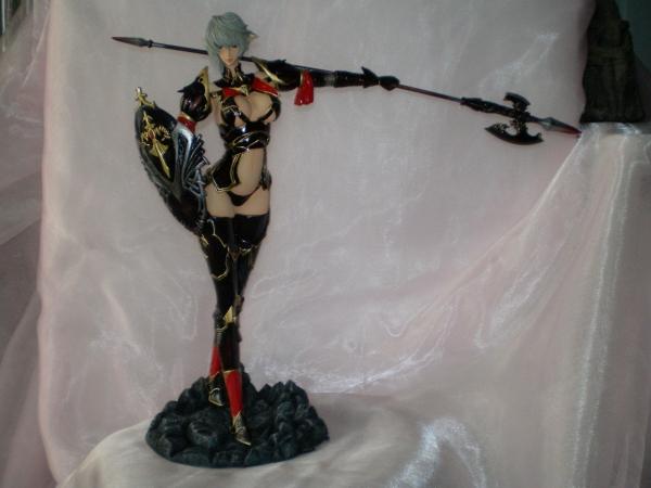 Halberd Warrior Mona - Ori