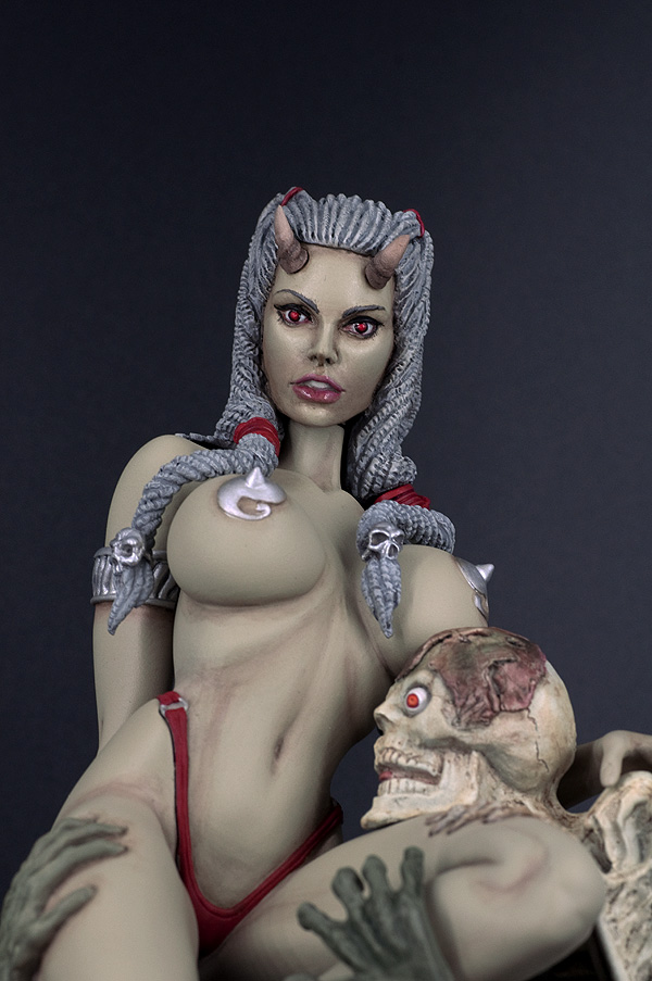 [Bisley] Satans Mistress v. 2.0