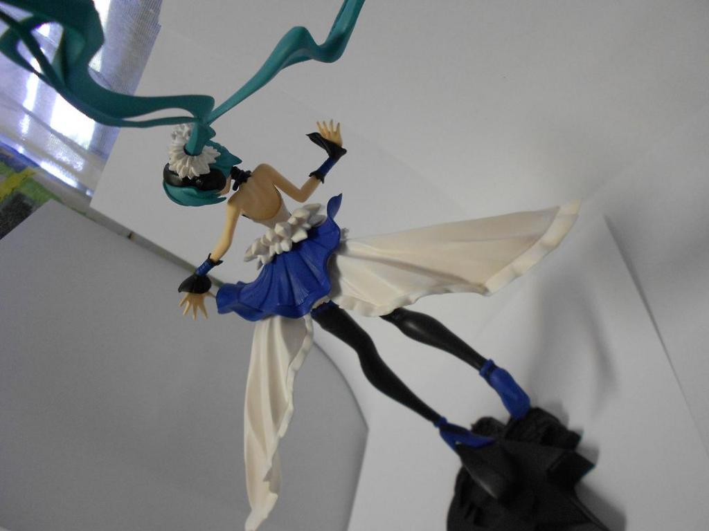 Vocaloid - Miku 2020 ver