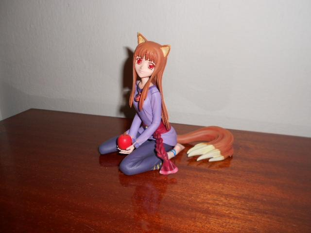 Holo and the apple