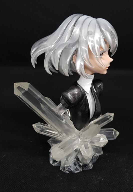 Diamond bust