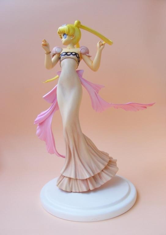 Princess Serenity by Misu
