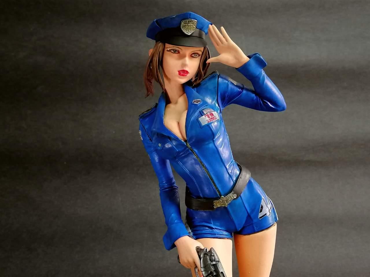 Spinner Girl Blade Runner Police  - 1974