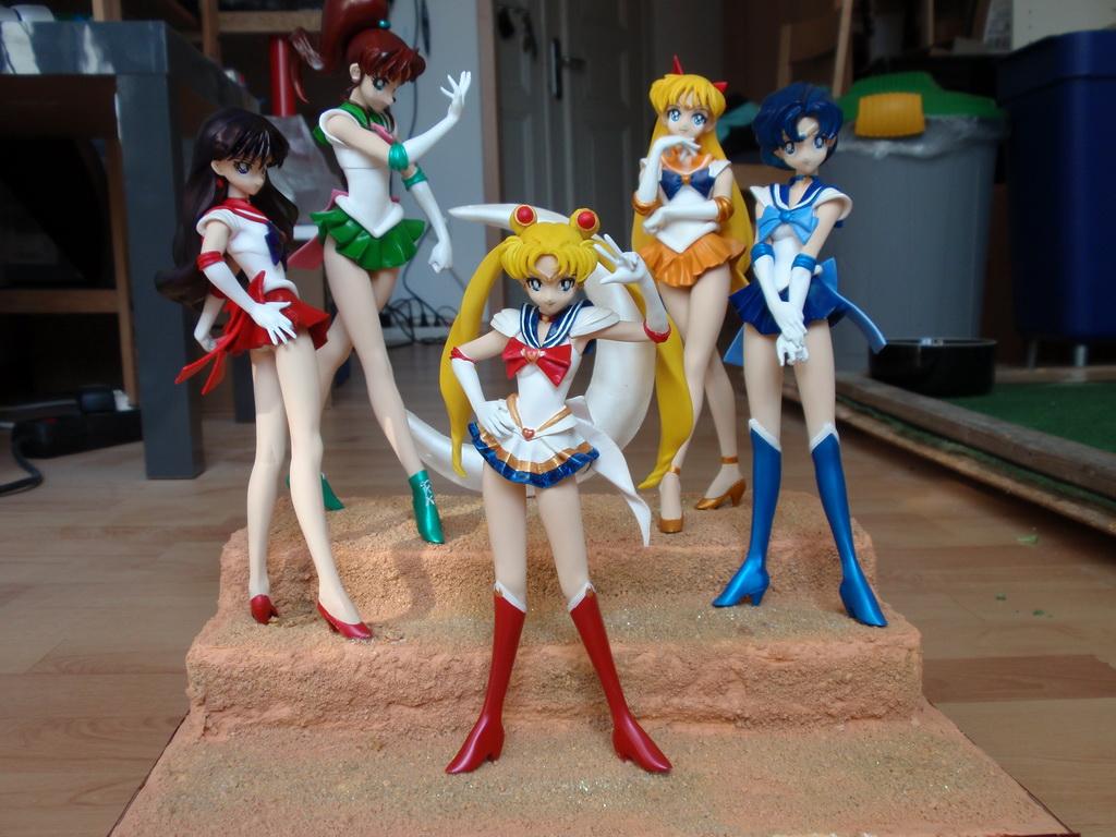 Super Sailor Warrior Group