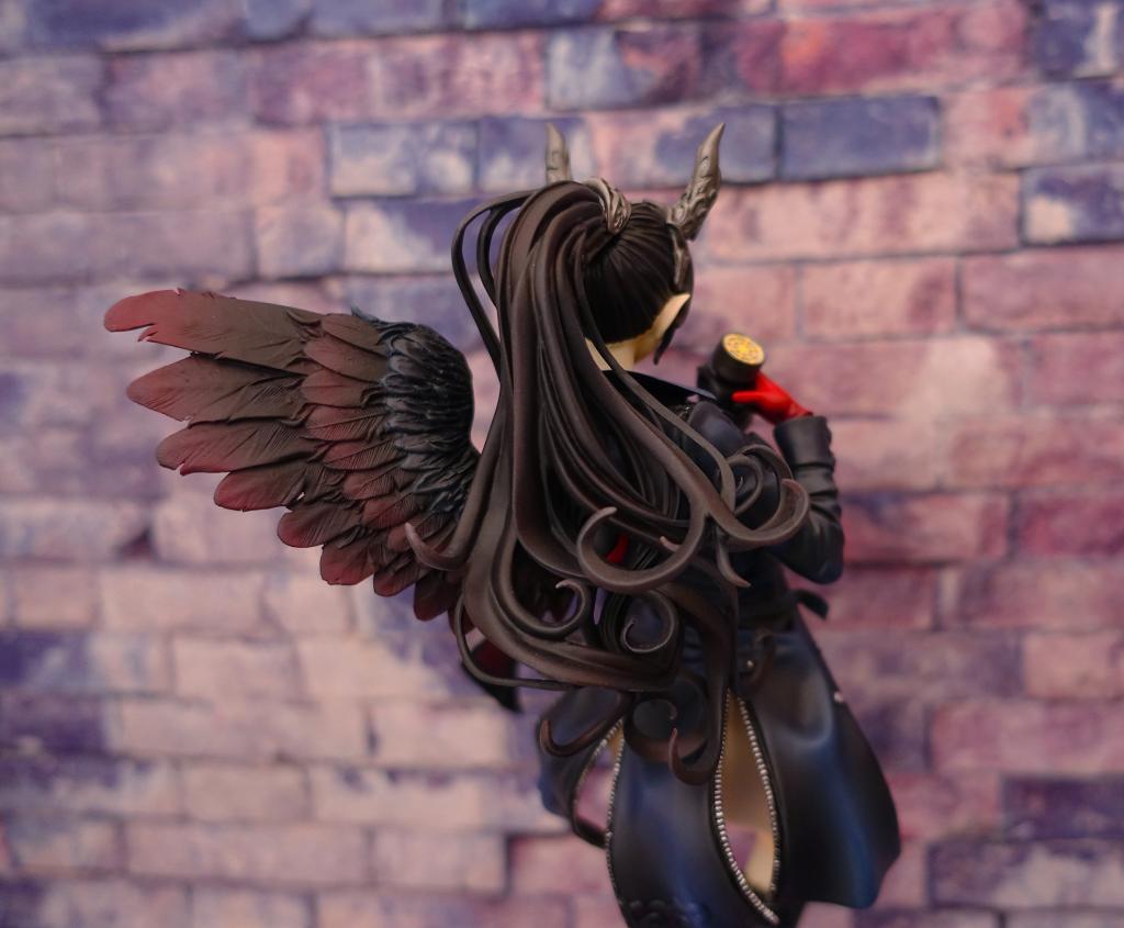 1/8 - One Wing Dicya