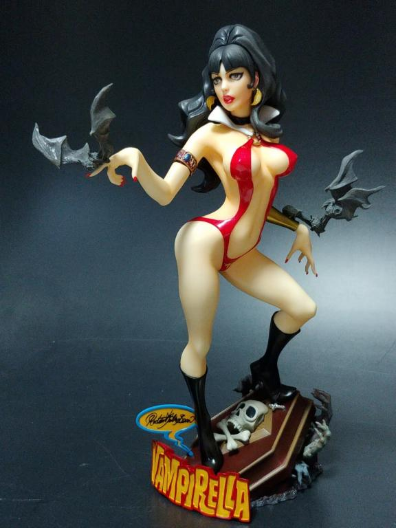 Vampirella (RJB version)