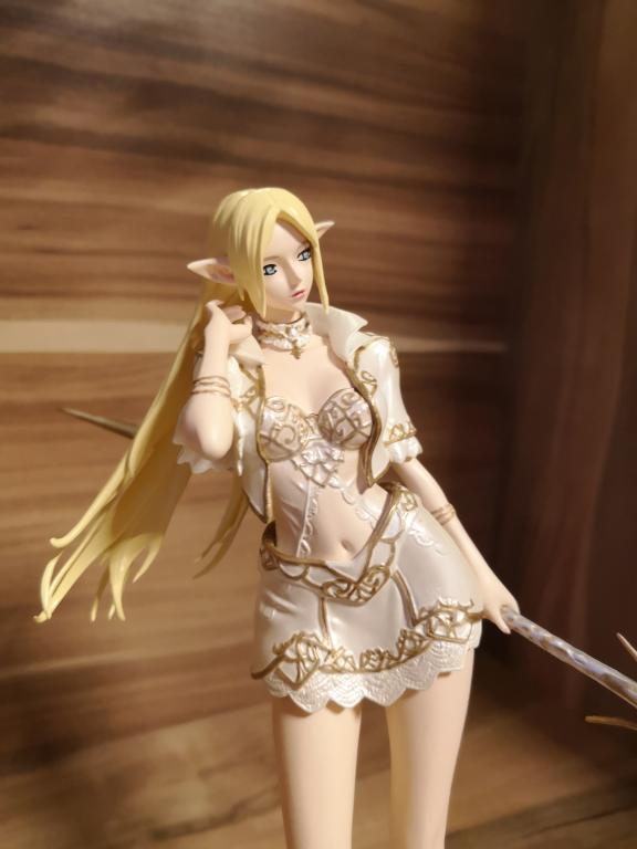 Lineage II Elf Female