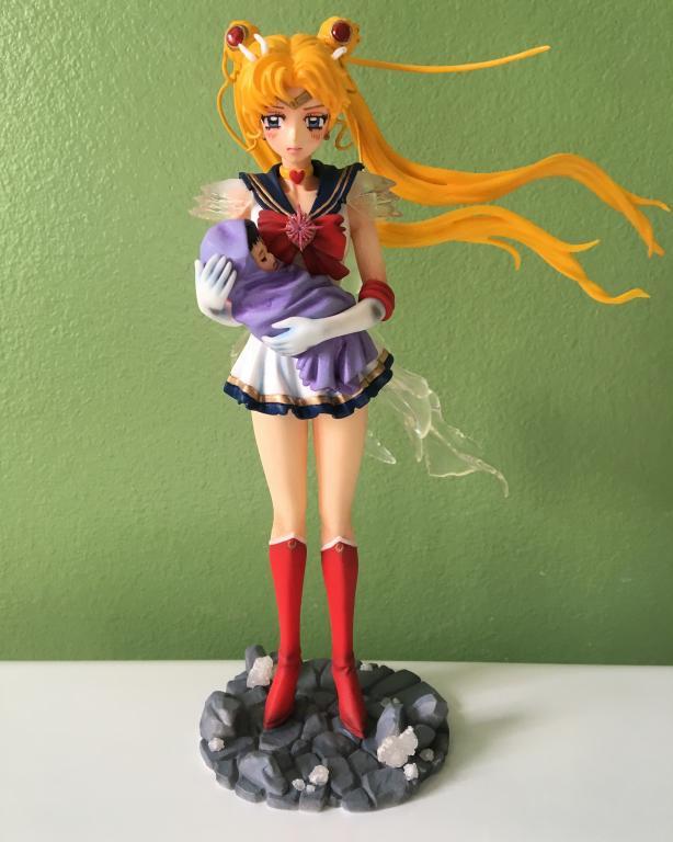 Super Sailor Moon & Baby Hotaru