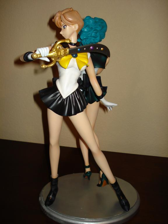 1/5 Outer Guardian Senshi with Crystal Treasures
