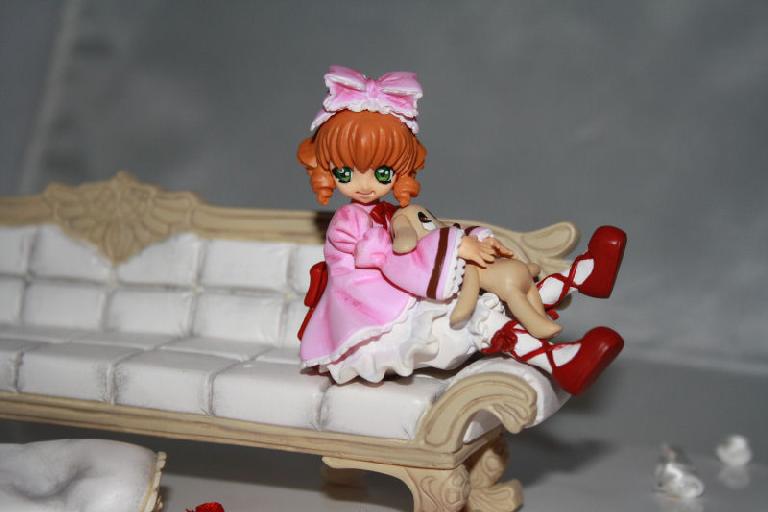 Rozen Maiden on couch set