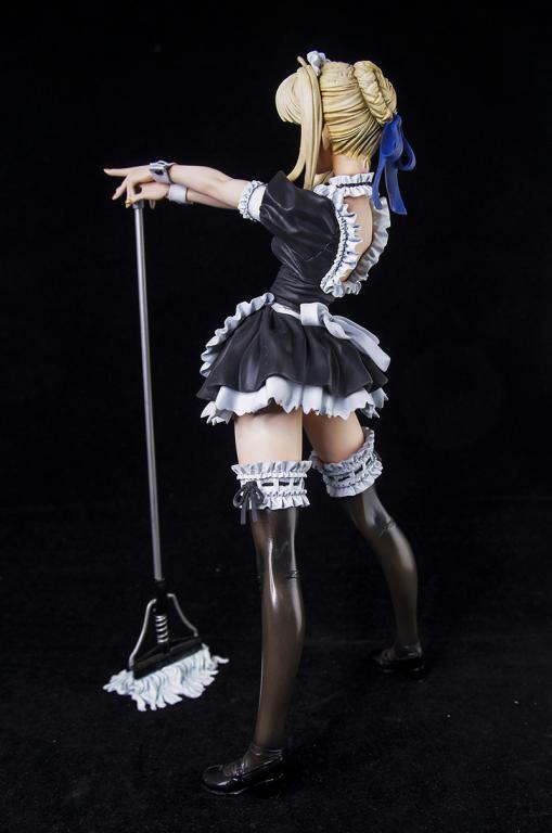 西寶女傭服