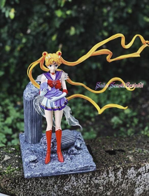 Sailor Moon with baby hotaru
