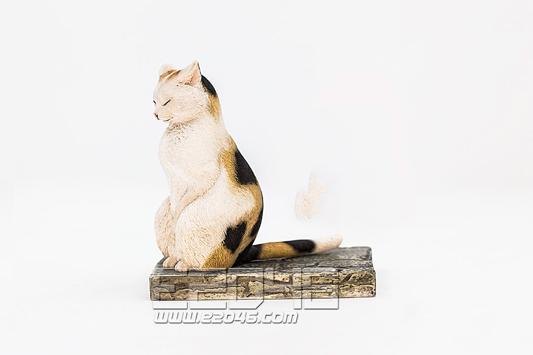 The Meditating Cat Calico Cat (PVC)