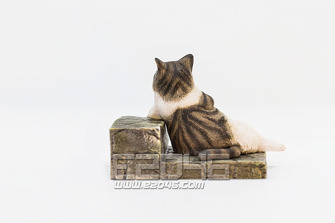 The Relaxing Cat Tabby Cat (PVC)