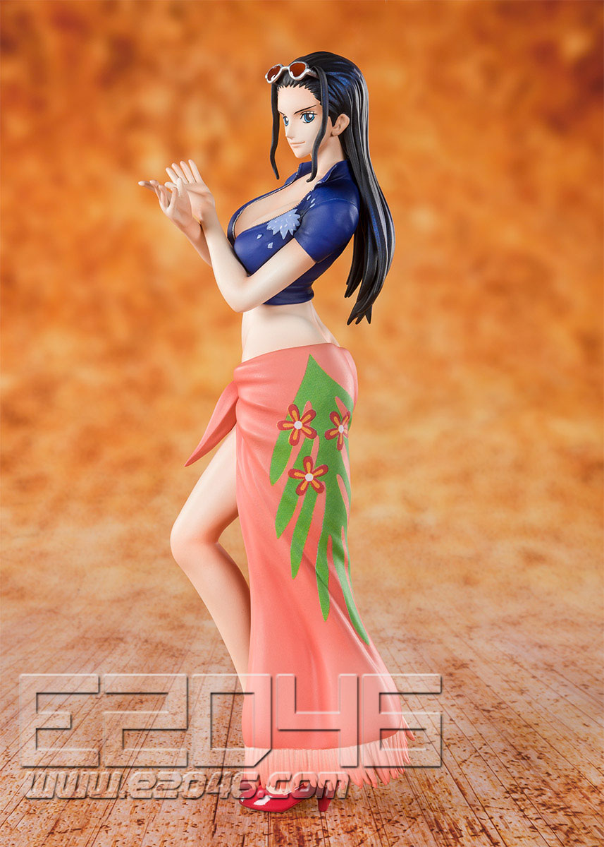 Devil Child Nico Robin (PVC)