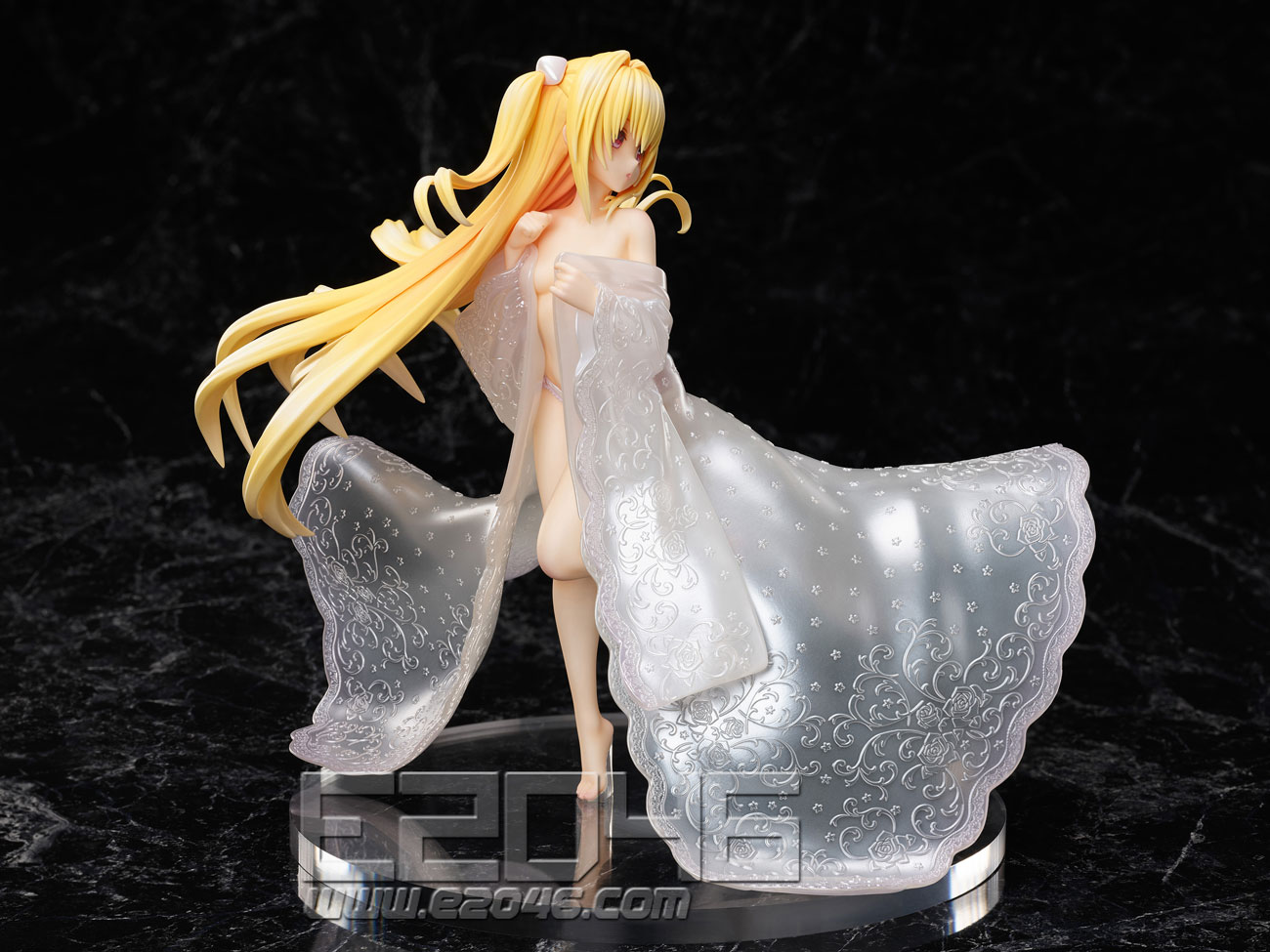 Golden Darkness Shiromuku Version (PVC)