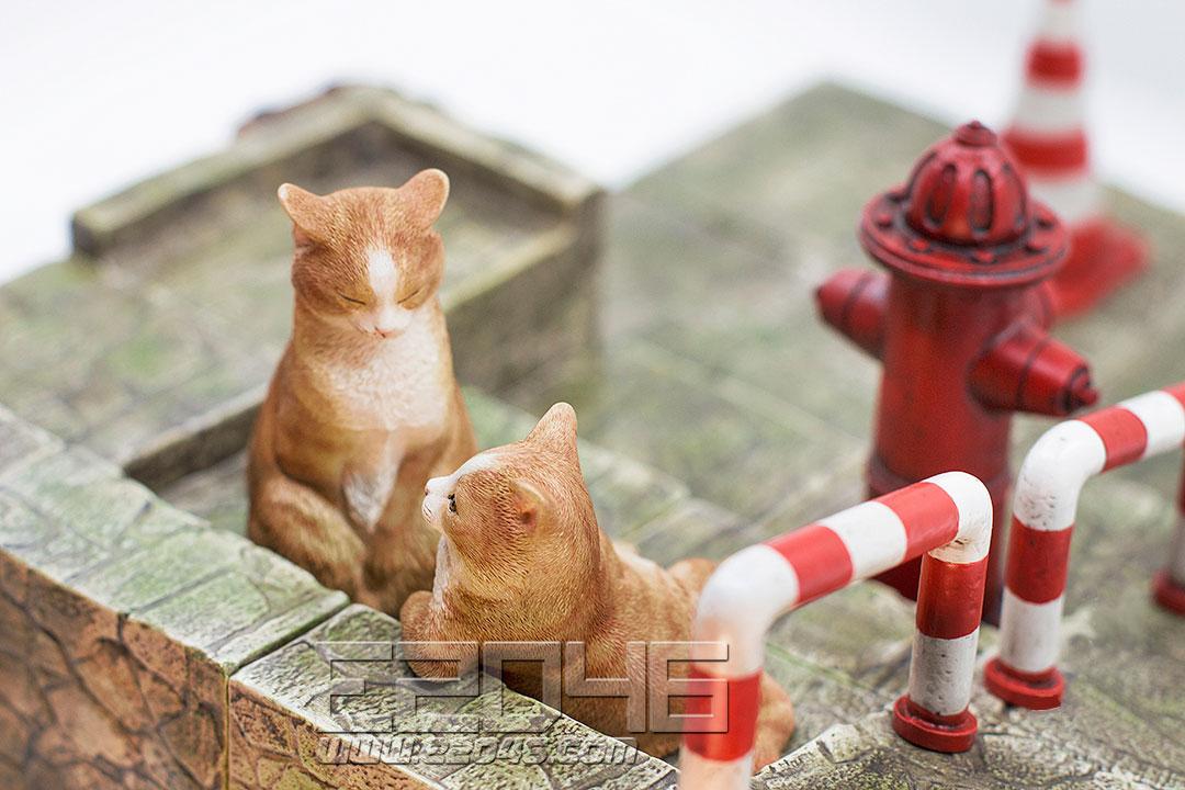 The Meditating Cat Ginger Cat (PVC)
