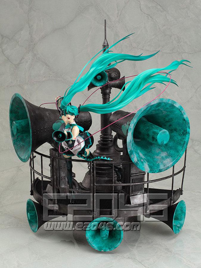 Hatsune Miku Love is War Version DX (PVC)