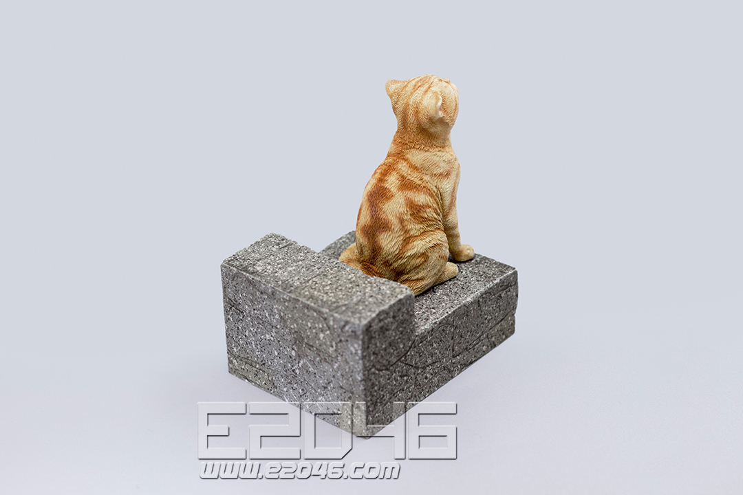 The Sad Cat Red Tabby (PVC)