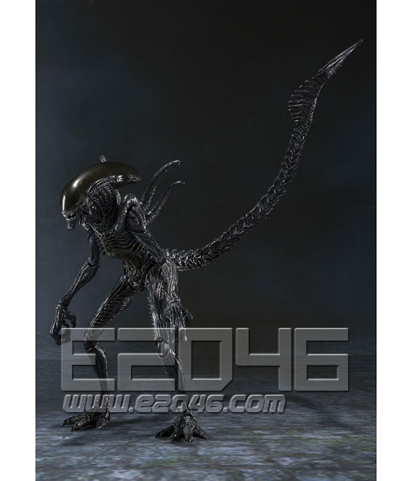 S.H.MonstertArts Alien Warrior (PVC)