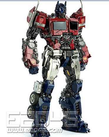 Oputimus Prime  (PVC)