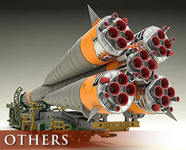 OT2908 1/150 Soyuz Rocket & Transport Train