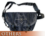OT0530  One Piece Mugiwara Pirates Messenger Bag