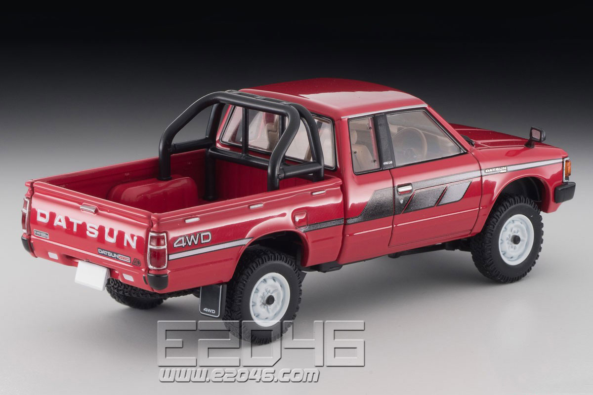 TLV-N43-26a Datsun King Cab 4WD (Red)