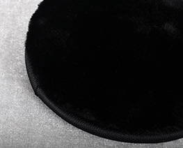 AC2391  黑色圓形毛絨軟布 D15