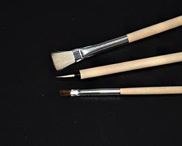 AC2569  Tamiya Modeling Brush Suit