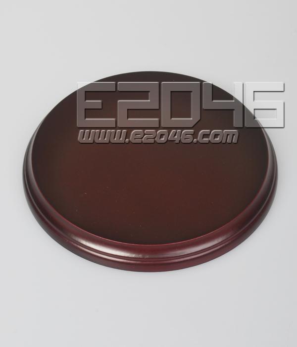 Wooden Base Brown D20