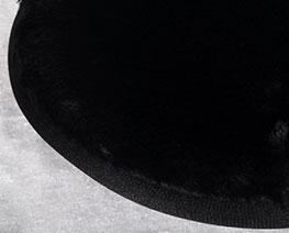AC2529  黑色圓形毛絨軟布 D20