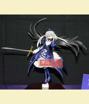 Suigintou with Sword