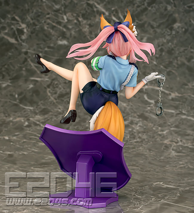 Tamamo no Mae Police Fox Version