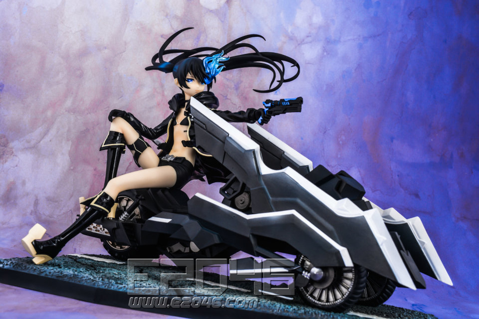 Black Rock Shooter with Motorcycle
