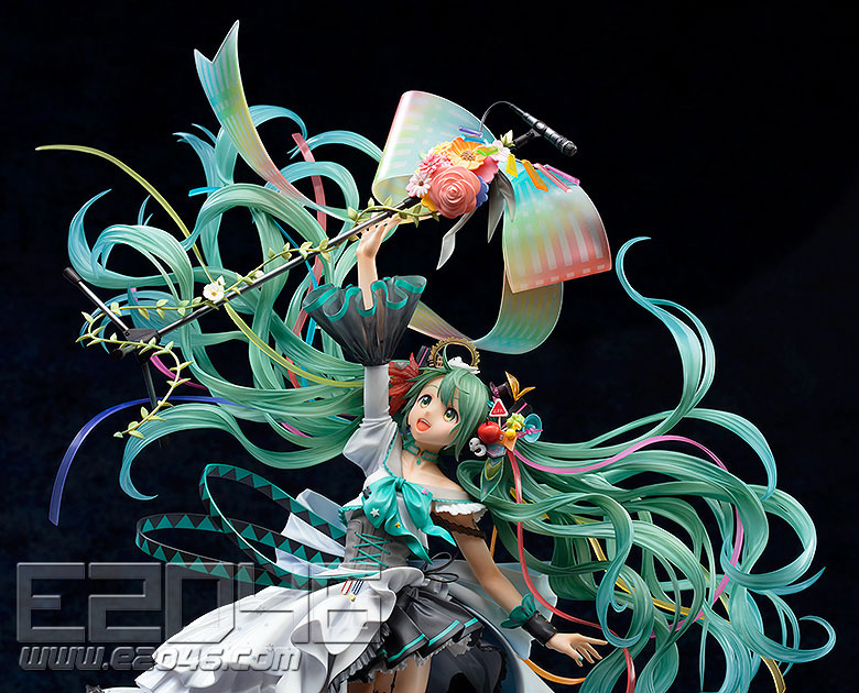 Hatsune Miku Memorial Dress Version