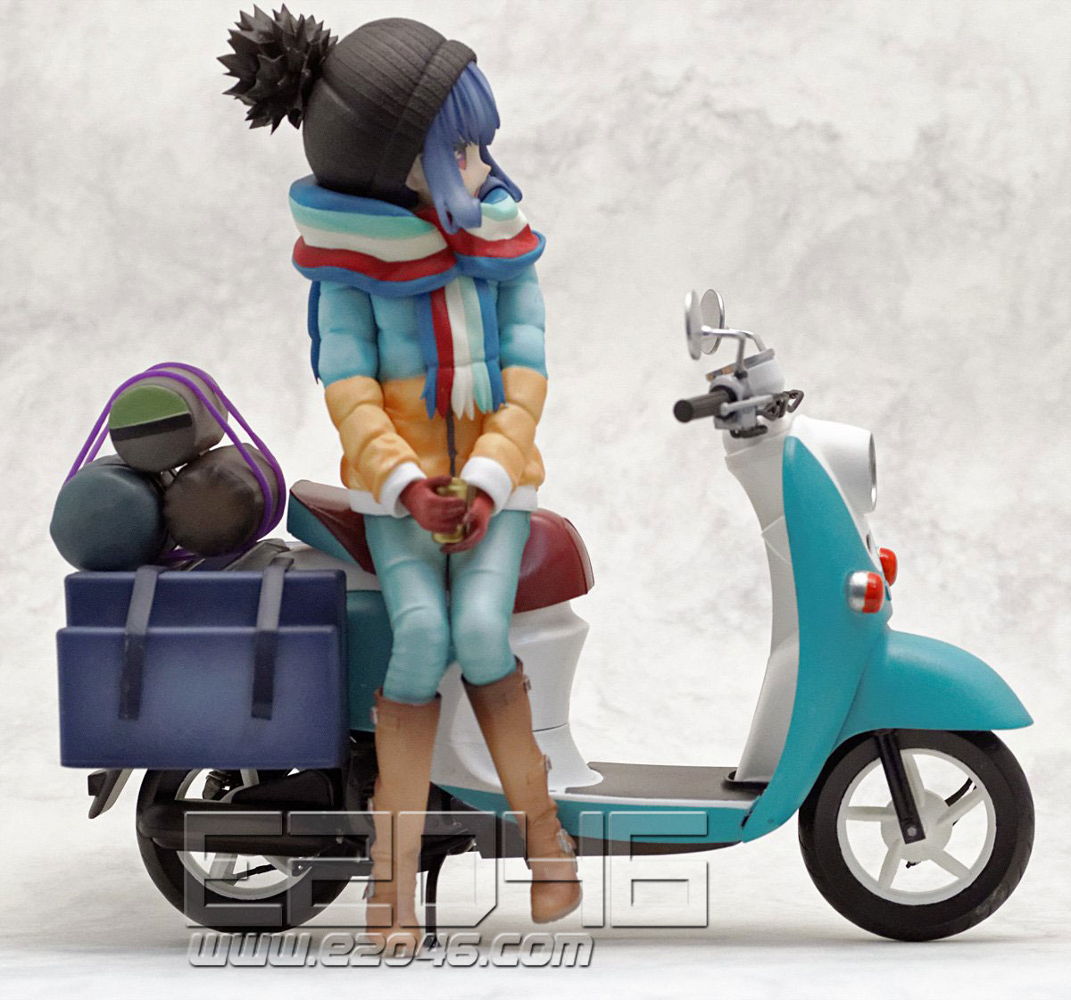 Shima Rin with Motorcycle