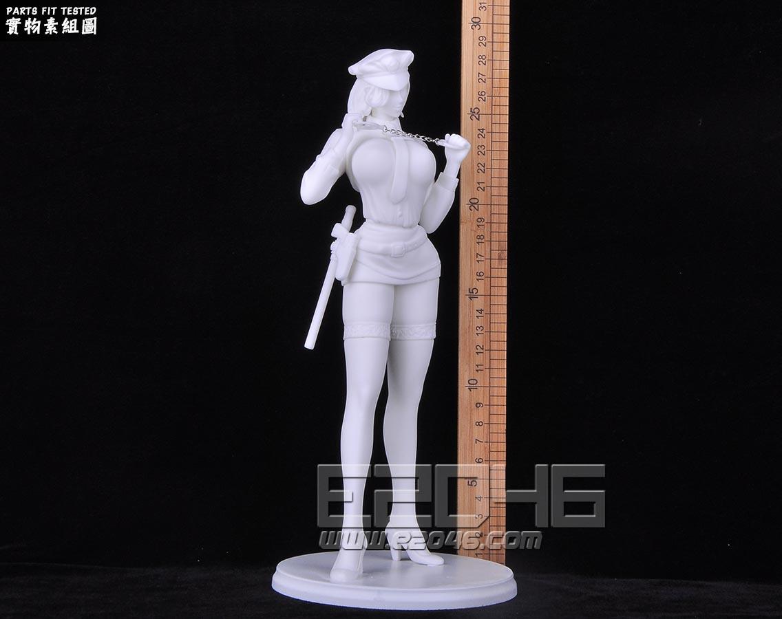 Policewoman Akiko