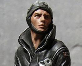 FG8838 1/20 Male Pilot