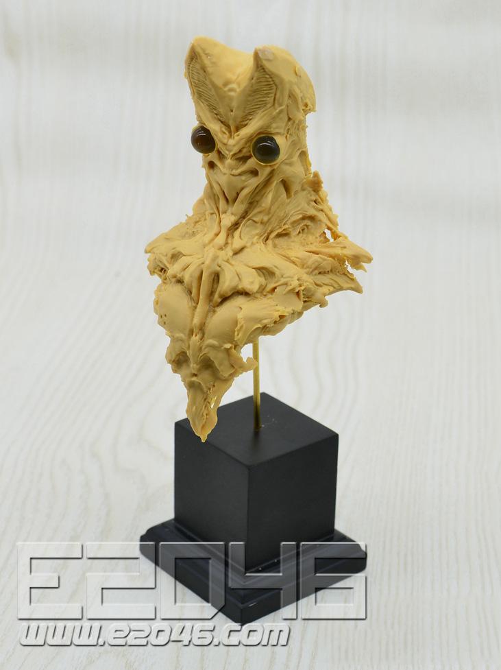 Alien Baltan Bust