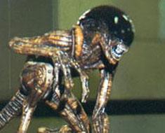 RT0754  Alien Dog Crusher