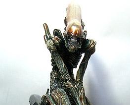 RT0956  Alien Pile