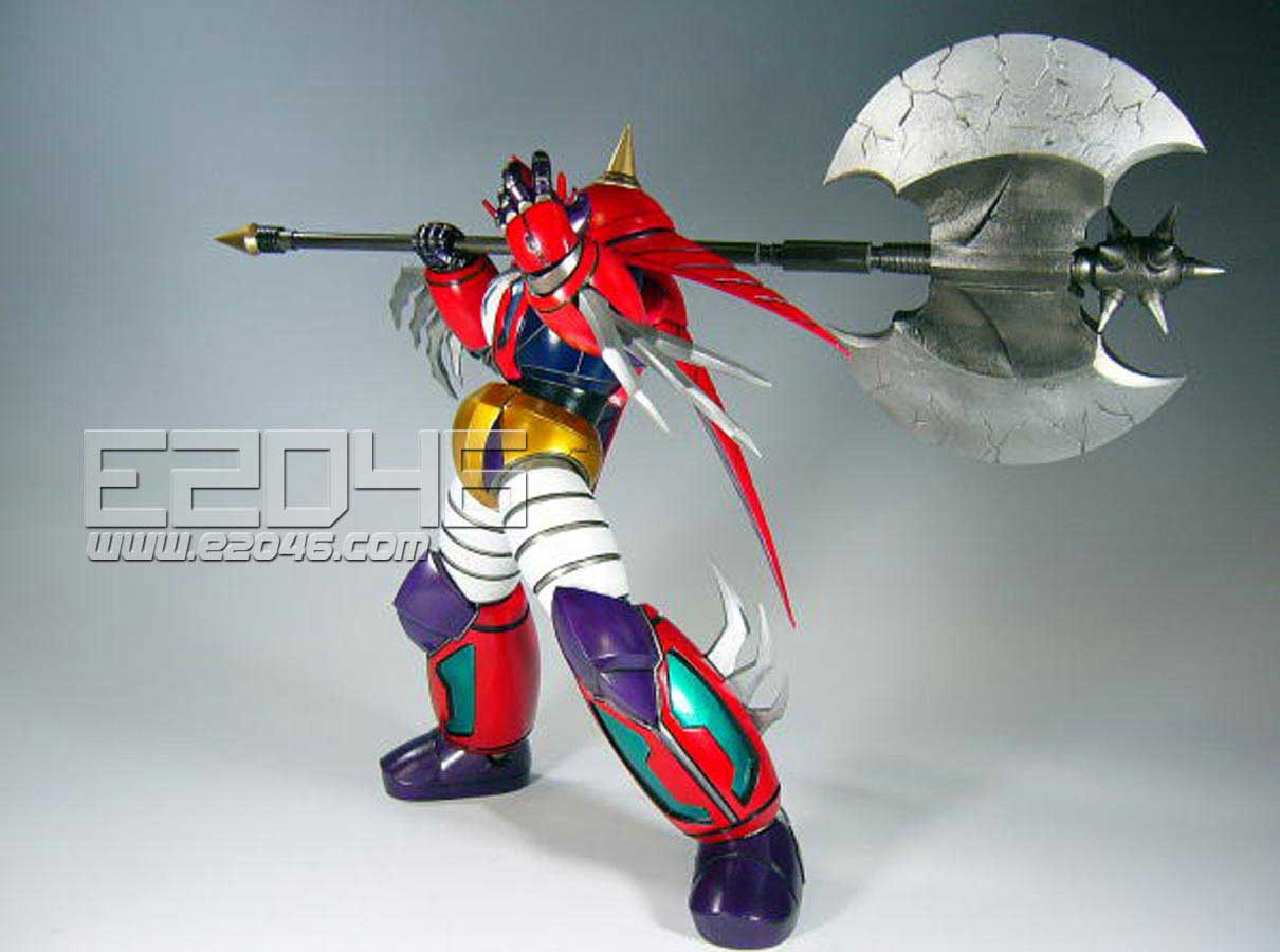 Shin Getter Dragon with Axe on Shoulder