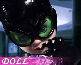 DL1833  Catwoman (DOLL)
