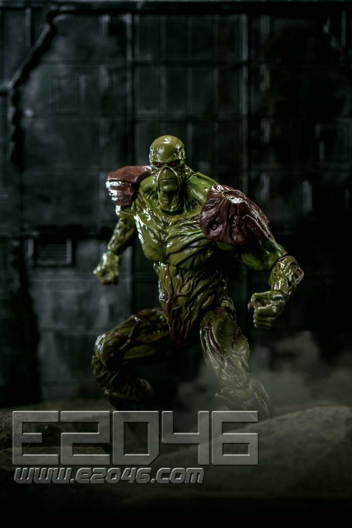 Swamp Thing (DOLL)