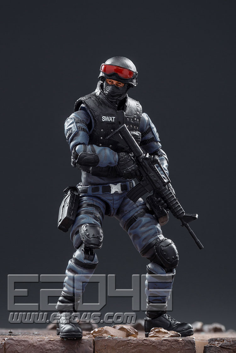 CrossFire Swat (DOLL)