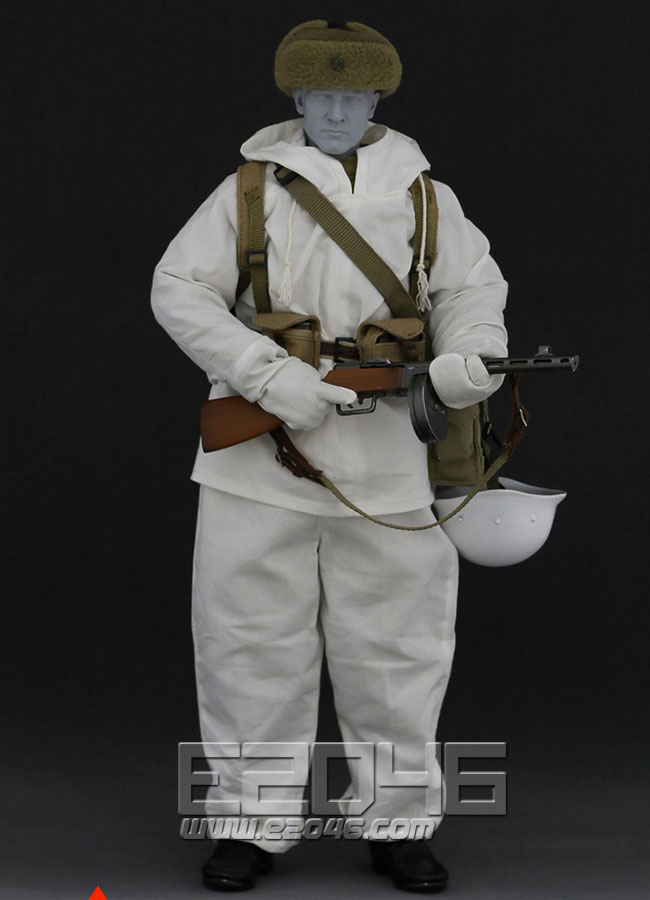The Soviet soldiers set in winter (Doll)